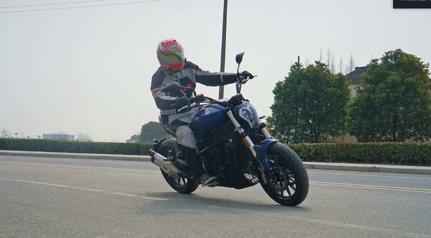 BENELLI 502C Starting The Cruising Time Of A Powerfully Built Machine Benelli 502c test ride Chinese motorcycle news 18